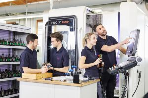 Mit dem Ausbau der betrieblichen Ausbildung gegen den Fachkräftemangel
